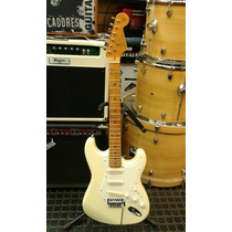 Guitarra Sx Stratocaster Vintage 57 Color Vintage White