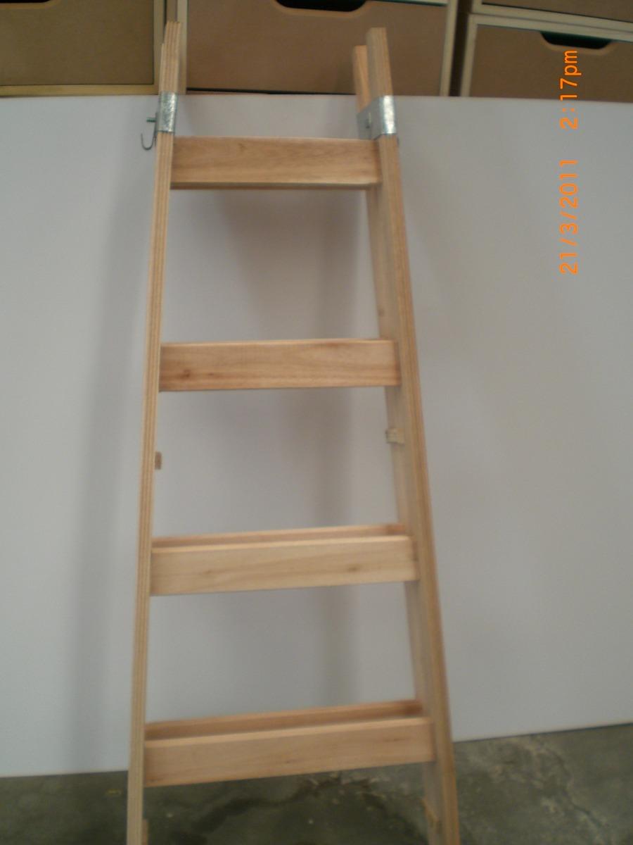Decorar cuartos con manualidades escalera de pintor de madera - Escalera de madera de pintor ...
