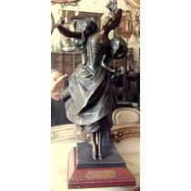 Figura Mujer De Autor Art Nouveau Escuela Europea