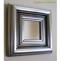 Espejo En Madera Plateado Decorativo En 6,5 Y 4,5 Cm 20x20