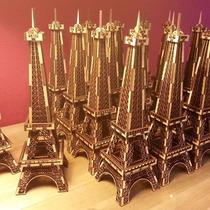 Torre Eiffel 25 Cm, Con Bandera Ideal Souvenir! Fabricantes