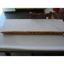 Haga Click Para Agrandar Moseño Autóctono En Caña De Bambú