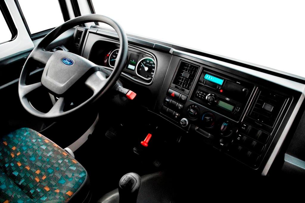 Ford cargo 1119 39 ev 2017 en mercado libre for Camiones ford interior