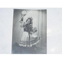 Fotografia Mujer Disfraz Carnaval Regional Bailarina Rusa