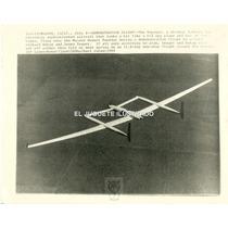 Fv25 Radio Foto Voyager Avion Record Vuelta Mundo 1984