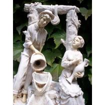Escultura Figuras Galantes Impecable
