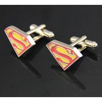 Par De Gemelos Con El Simbolo De Superman