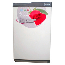 Freezer Bajo Mesada Vertical Lacar Fv 150 Litros