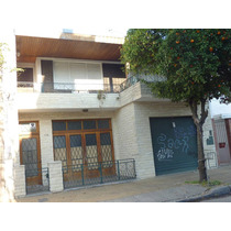 Vendo Excelente Casa, Dos Plantas, Muy Buen Estado, Beccar