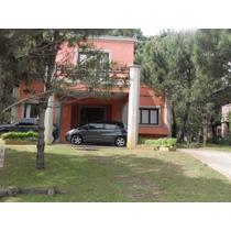 Importante Casa. La Reserva -barrio Cerrado