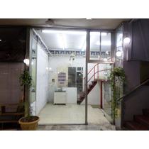 Local Belgrano Centro Con Vidriera A La Calle. Financio .