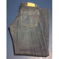 Pantalones De Dama Tres Por $130;00 Scombro.