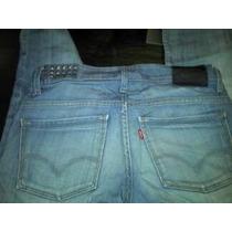 Jeans Levis Divino Mujer Con Tachas Y Botones En Terminaci