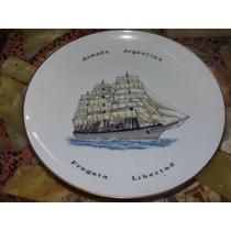 Plato De La Armada Fragata Libertad