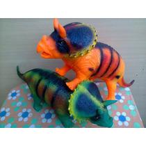 Dinosaurio Triceratops De Goma Gigante Juguete