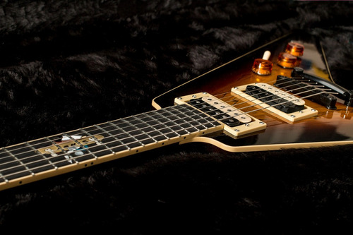 Luthier Lucas Rodriguez Fontan - Olivos Custom Guitars