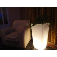 Porta Maceta Iluminada Con Luz Blanca 78 Cm De Altox 39 X 39