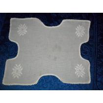 Antigua Carpeta Blanca Bordada. Microcentro-avellaneda.