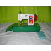 Antigua Maquina De Coser De Juguete