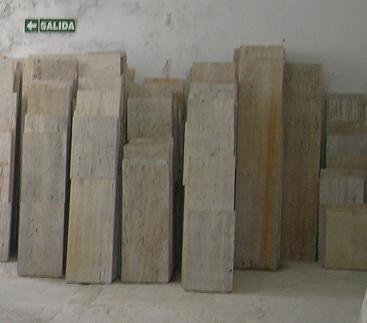 Marmol travertino pisos y revestimientos rustico largo libre for Marmol travertino rustico