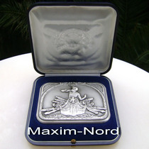 Medalla Medallón Centenario Centro Naval 1882-1982