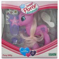The Sweet Pony Luminoso Con Luz Y Accesorios Unicornio Witty