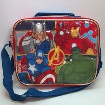 Lanchera Avengers