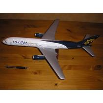 Boeing 757 De Pluna