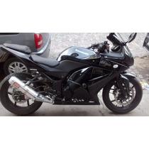 Kawasaki Ninja 250 Negra - Modelo 2011