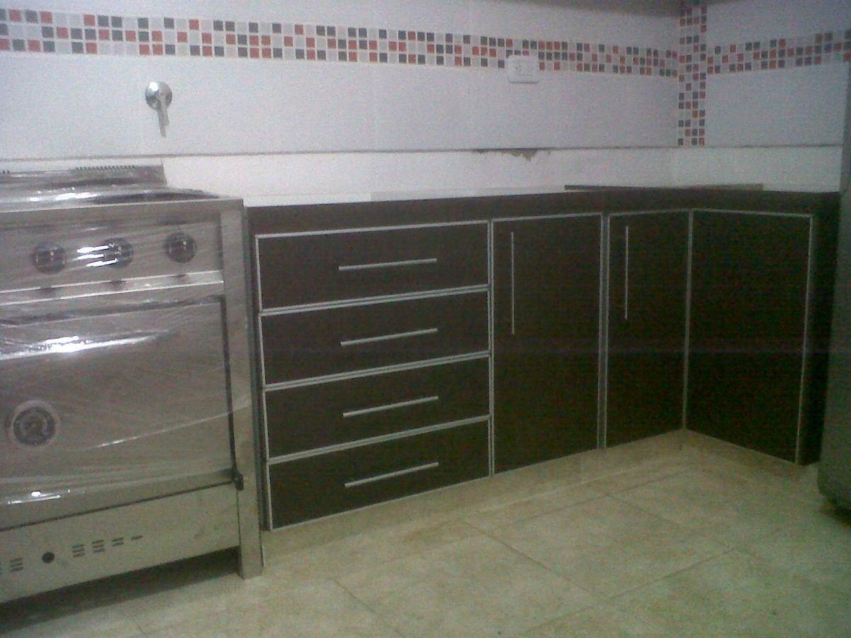 Muebles altos de cocina en melamina ideas for Muebles de melamina