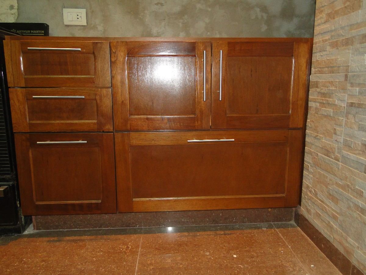 Muebles De Cocina En Madera Cedro Lustrado  $ 2600,00 en