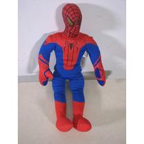 Muñeco Del Hombre Araña De Tela Marvel. Fundación Tzedaká