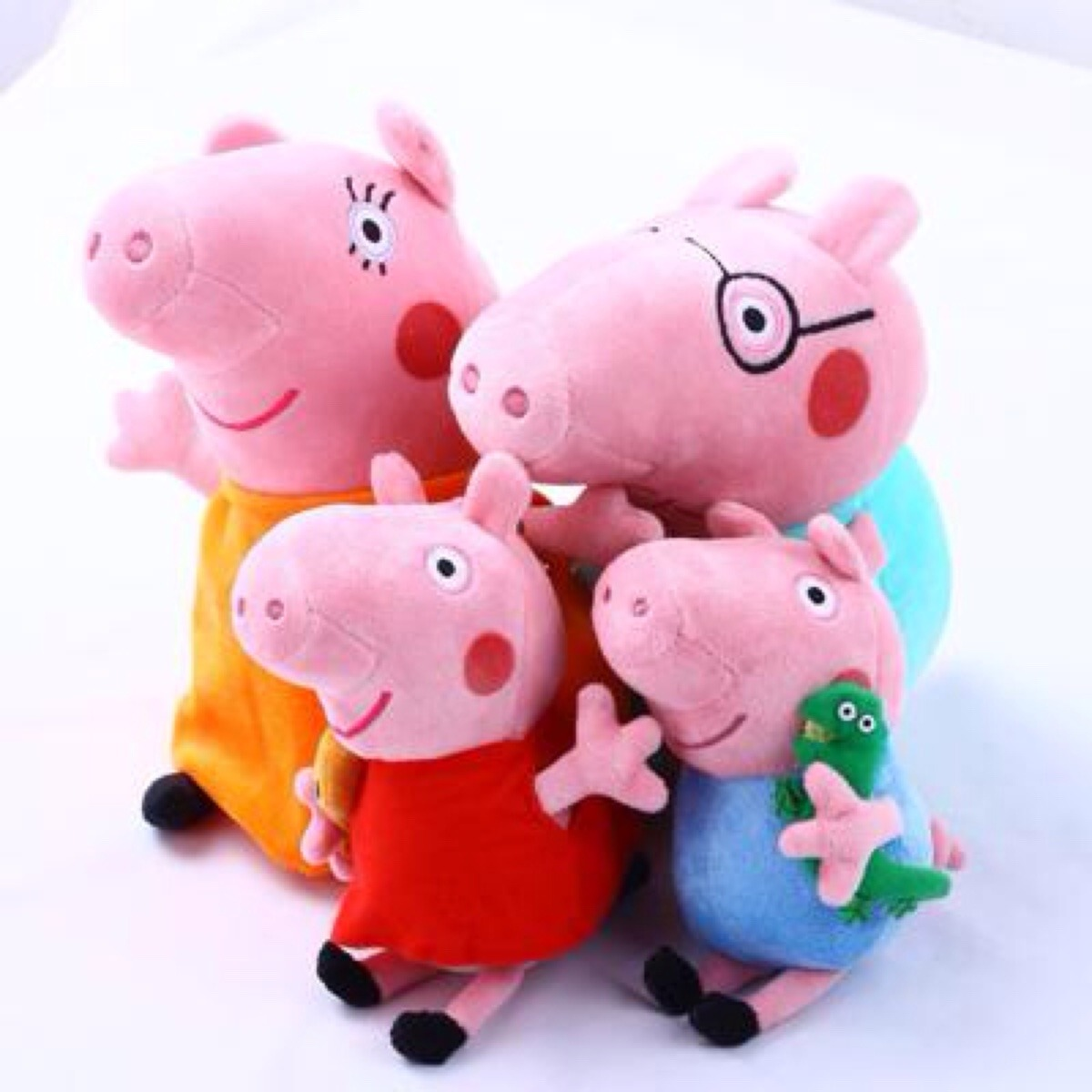 imagenes de peppa pig y sus amigos taringa. Black Bedroom Furniture Sets. Home Design Ideas
