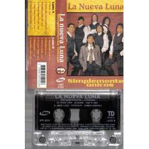 La Nueva Luna Simplementes Unicos Cumbia Cassette Retro