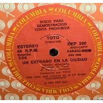 Toto Un Extraño En La Ciudad / Holyanna Simple Argentino Pro