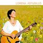 Lorena Astudillo / Un Mar De Flores