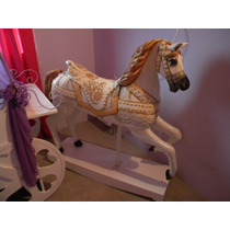 Caballo De Calesita Mecedor Maximus Rapunzel Loreley Mobel