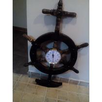 Reloj Artesanal Colgante Modelo Timón