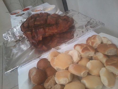 Pernil De Cerdo 11 Kg Para 40 Personas Con Panes Y 6 Salsas