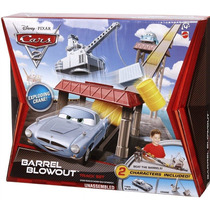 Cars Finn Mcmissile Rampa De Barriles Original Disney Mattel