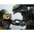 Alien Vs Predador - 18 Y 22 Cm. Neca Depredador