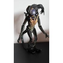 Aliens Depredador Hibrido 100 % Original Neca-altura 25 Cm