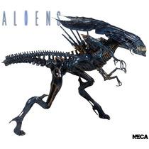 Aliens Xenomorph Queen Ultra Deluxe 40cm Figura Acción Neca