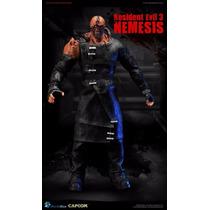 Resident Evil 3 Nemesis 1/6 World Box