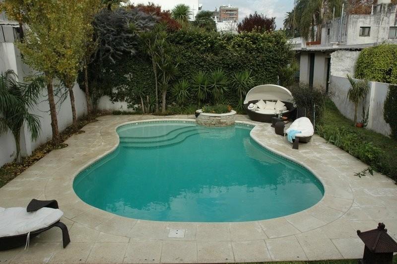 Piletas de nataci n piscinas natatorios construcci n for Disenos de piscinas de hormigon
