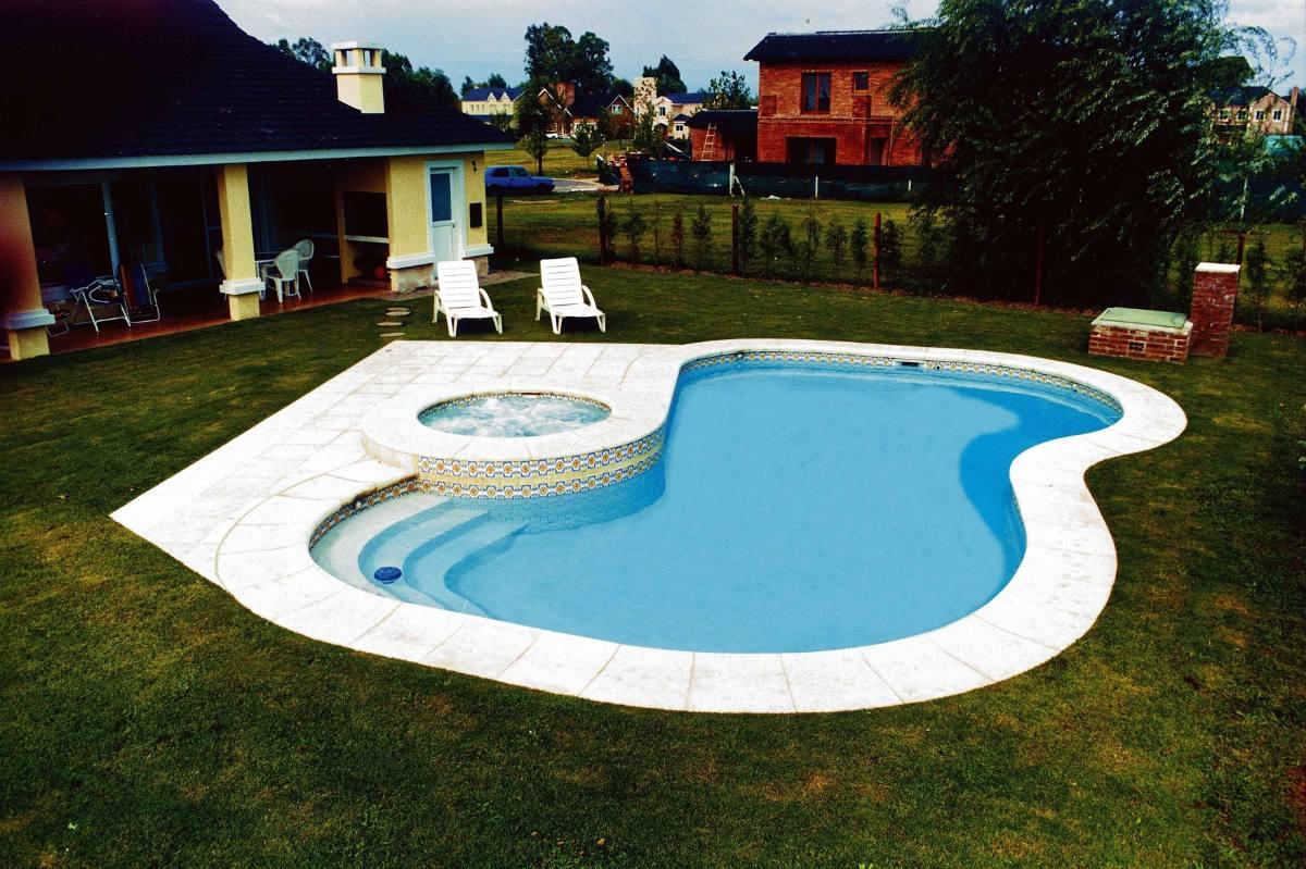 Piletas de nataci n piscinas natatorios construcci n for Construccion de piscinas precios