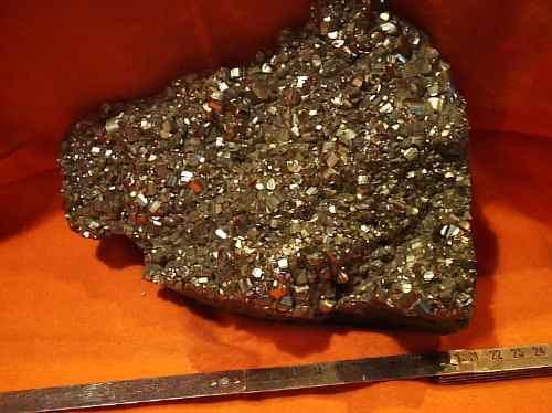 ¿Cómo elegir y usar cristales? Pirita-pieza-unica-espana-huelva-6278-MLA76358852_5760-O