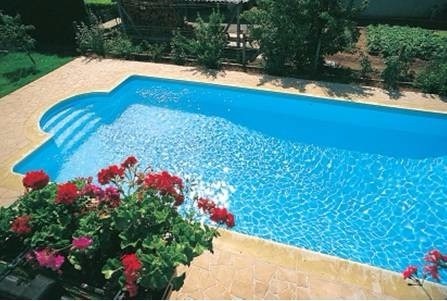 Piscina de hormigon completa 6 x 3 105000 precio total for Costo piscinas hormigon