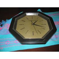 Reloj De Pared Negro - $ 120