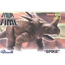 Spike Styracosaurus Nosehornsis Revell 85-6514